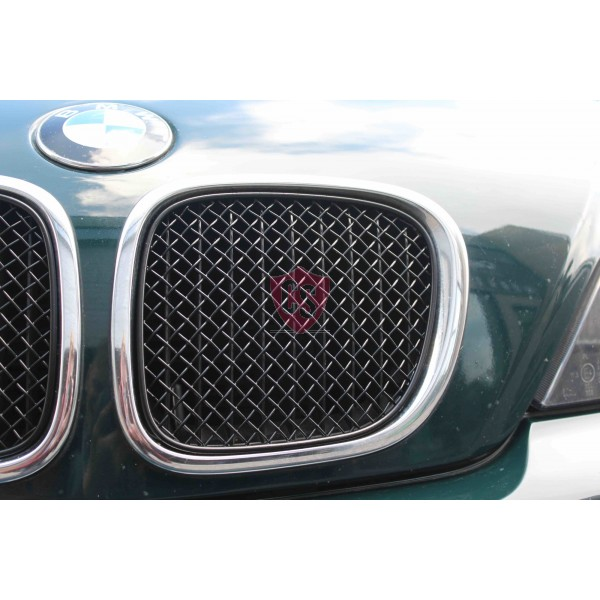 BMW Z3 Roadster Front Bumper Stainless Steel Mesh Grill (2 pieces) - Black